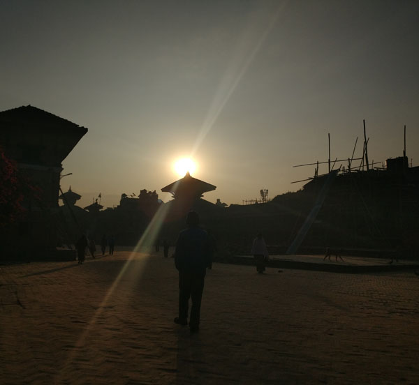 bhaktapur-durbar-square-at-morning